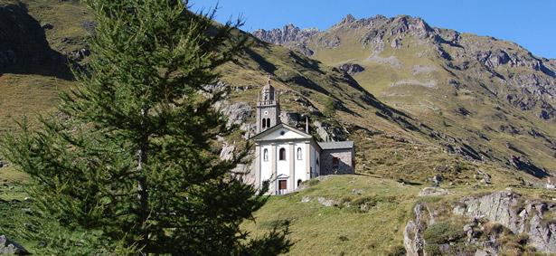 Foto Webcam Val Grosina e vista panoramica dal Rifugio Malghera